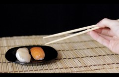 Sushi-and-Chopsticks2